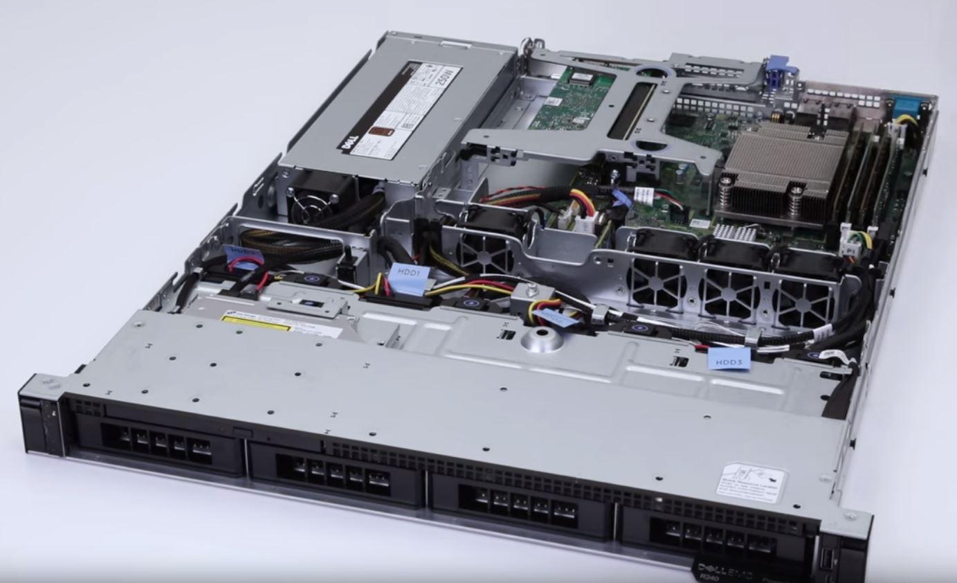 Dell PE R240 (4x3.5
